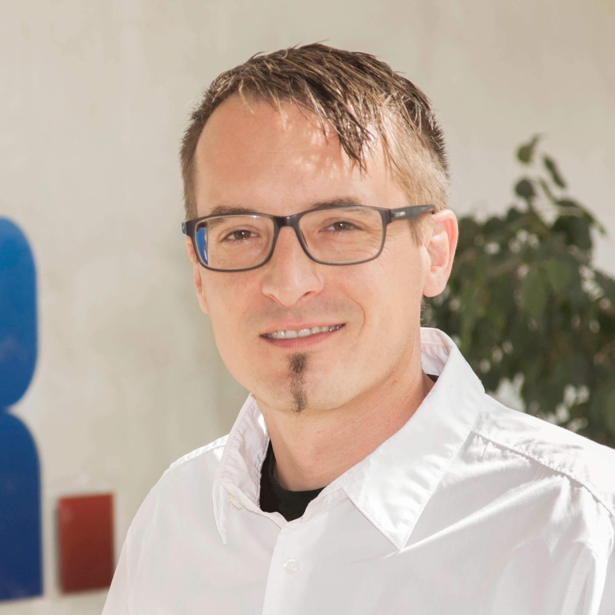 Portraitfoto von SpeedFolder Experte Marc Fink